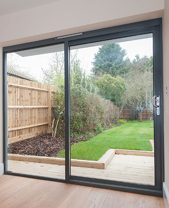 Aluminium patio doors surrey and middlesex novaglass for Aluminium patio doors